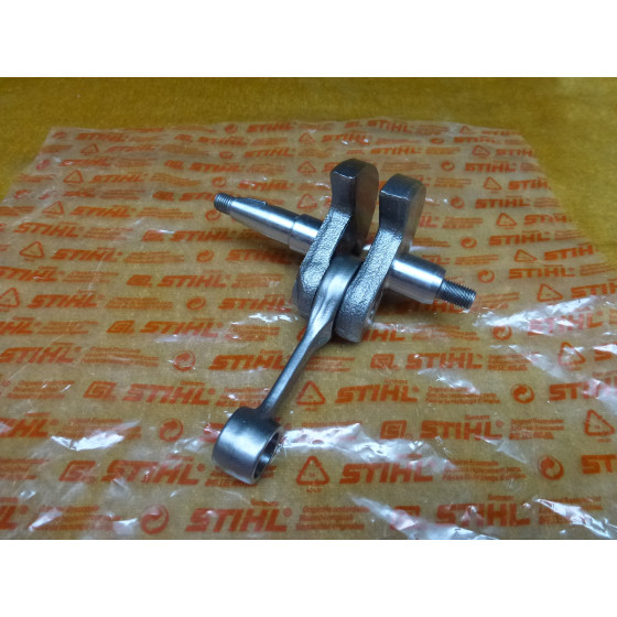 NEU Original Stihl Kurbelwelle 4116 030 0400 / 41160300400 / 4116-030-0400