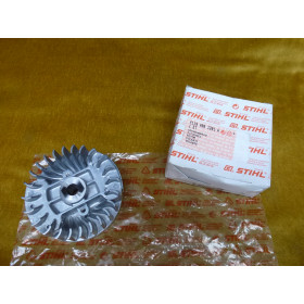 NEU Original Stihl Schwungrad 4119 400 1201 / 41194001201...