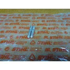 NEU Original Stihl 08S 2x Stiftschraube M6x20 0000 953...