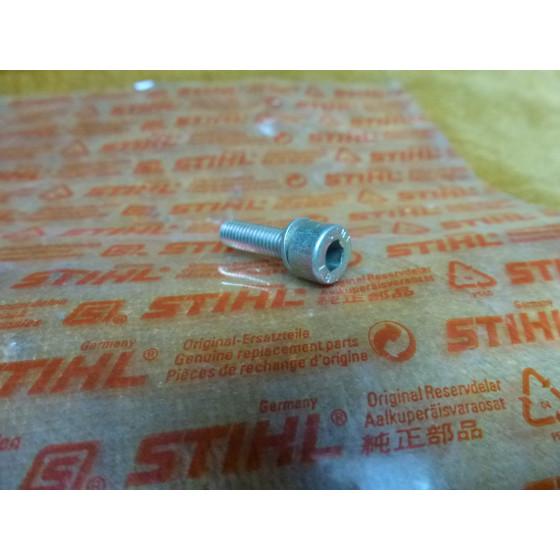 NEU Original Stihl Zylinderschraube DIN912-M5x18-Z4-10 9040 346 1010 /  90403461010 / 9040-346-1010